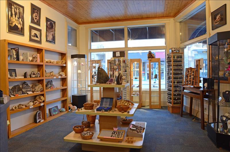 American Cave Museum-Hidden River Cave Gift Shop-3